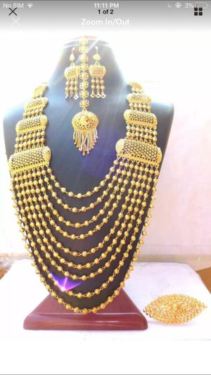 22k gold plated Indian Bollywood bridal wedding party festive jewelry necklace chain mala ring tikka earrings set for Sale in Spencerville, MD