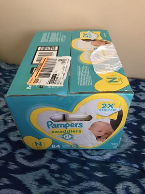 Pampers for Sale in Capitol Heights, MD