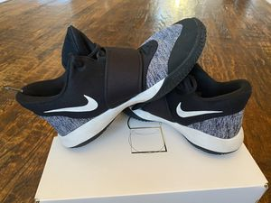 Nike KD Trey 5 basketball shoes for Sale in Frisco, TX