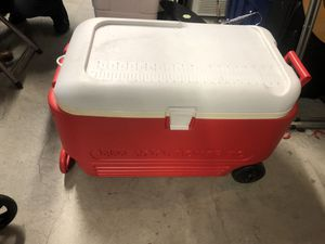 Igloo cooler for Sale in Bronx, NY