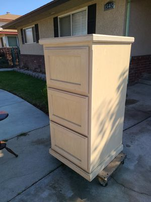 Legal size filing cabinet for Sale in Fresno, CA