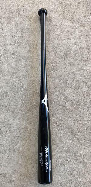 New Mizuno Pro Maple baseball bat 33/30 for Sale in Los Angeles, CA