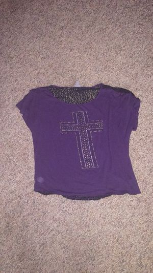 Purple cross top for Sale in Marengo, OH