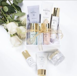 Free Facial with JAFRA Cosmetics-Making your dreams for beautiful, radiant skin come true is possible with a facial Jafra Skin care line. for Sale in Long Beach, CA