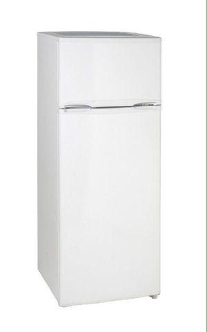 Avanti 7.4 Cu. Ft Compact Refrigerator Top Freezer Slim Fit Apartment Size Nevera Apartamento RAT306WT Nueva New for Sale in Miami, FL