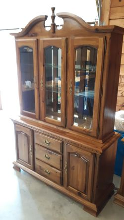 KINCAID HUTCH AND SIDE PIECE for Sale in Lynchburg,  VA