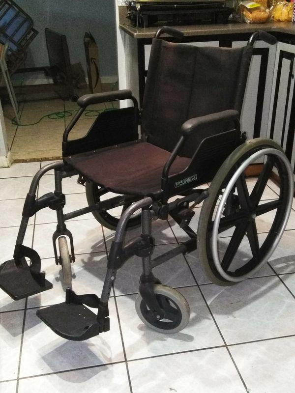 Wheelchair lightweight for Sale in Deltona, FL - OfferUp