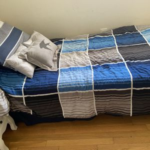 full bed for Sale in Fort Washington, MD