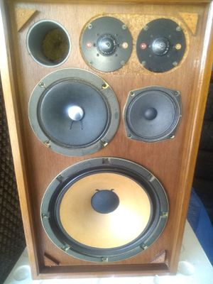 Rare!!! Sansui SP 2002 home speakers!! for Sale in North Canton, OH