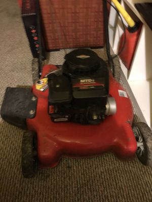 Briggs & Stratton lawn mower. Great condition. Bought it second hand for 70$ looking to sell it for the same. Moving to an apartment. Need to seek it for Sale in Seattle, WA
