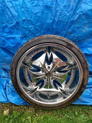 22' Chrome Deep Dish Dubs! Good condition /No Bins/No Cracks/$750/possible Trade for Sale in Detroit, MI