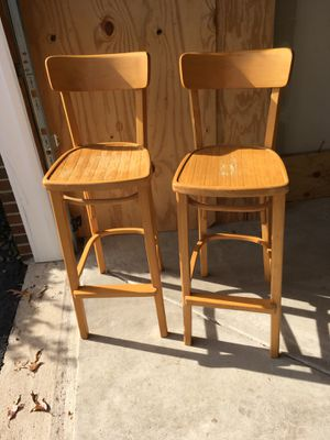 2 wooden bar stools for Sale in Springfield, VA