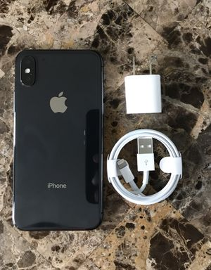 iPhone X 64GB Grey Sprint/Boost working perfectly fine for Sale in Pompano Beach, FL