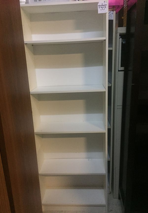 "White bookcase 6'x25""x91/2"""