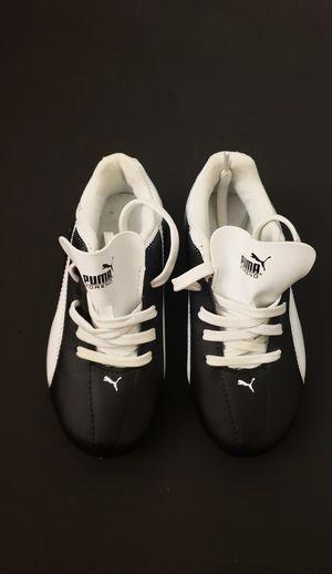 Soccer Shoes for Kid Size 12 (17.5 cm) for Sale in Woodbridge, VA