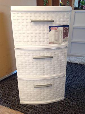 New White Woven Plastic 3 Drawer Organizer for Sale in Vista, CA
