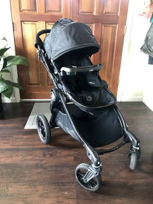 Baby jogger city select stroller with car seat for Sale in San Diego, CA