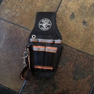 Klein Tools Tradesman Pro 9-Pocket Small Tool Holster for Sale in Fayetteville, GA