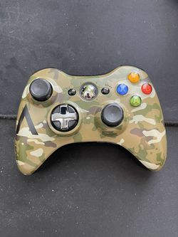 Xbox controller for Sale in Aurora, CO