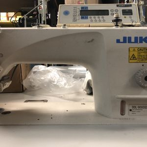 Juki Single Needle Automatic Made In Japan for Sale in Vernon, CA