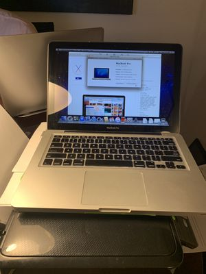 MacBook Pro 2011 i5 2.3 ghz 1 tb hhd 8gb ram for Sale in Dallas, TX