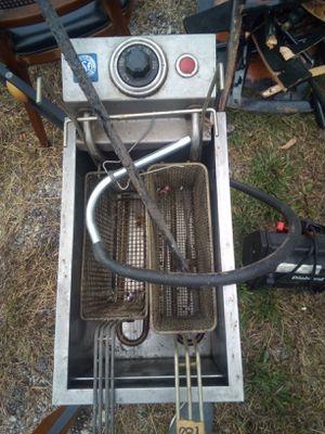 Speedster deep fryer for Sale in Chicago, IL