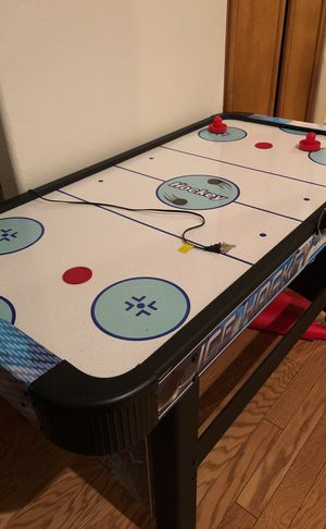 Air hockey table full size for Sale in Las Vegas, NV