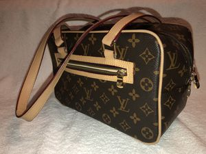 Louis Vuitton Bag for Sale in Lawrence, MA
