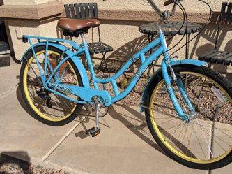 "26"" Schwinn clairmont women cruiser bike 7 speeds like new for Sale in Tolleson,  AZ"