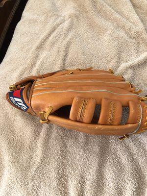 Mizuno Baseball Glove for Sale in Brookline, MA
