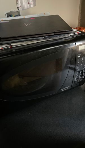 SHARP Carousel Microwave for Sale in Atlanta, GA