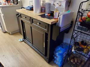 Kitchen island with with cutting board for Sale in Westminster, CA
