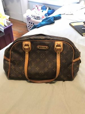 Authentic Louis Vuitton bag for Sale in Milwaukee, WI