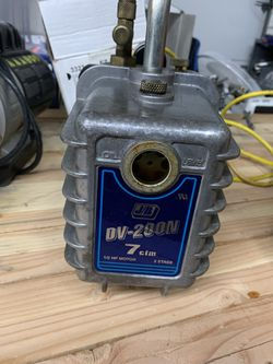 7 cfm jb vacuum pump works perfectly $200 hvac. Freon. Refrigerant. R-22 for Sale in Las Vegas,  NV