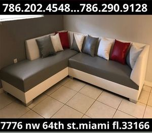 Leather couch two tone never used for Sale in Miami, FL