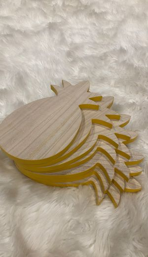 Wooden Pineapple Decor for Sale in Kent, WA
