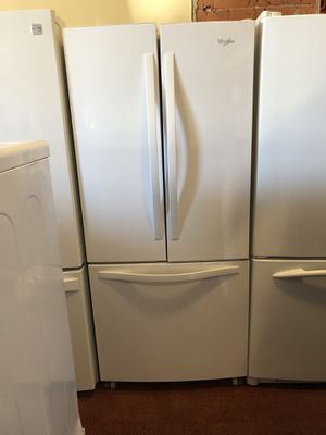 "Whirlpool refrigerator 30"" for Sale in Providence, RI"