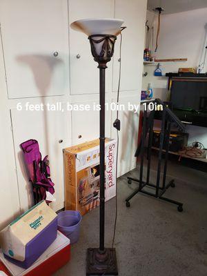 Tall floor lamp for Sale in Las Vegas, NV