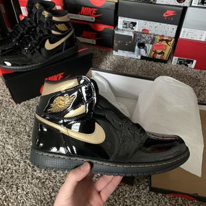 Jordan 1 Black Metallic Gold for Sale in Dallas, TX