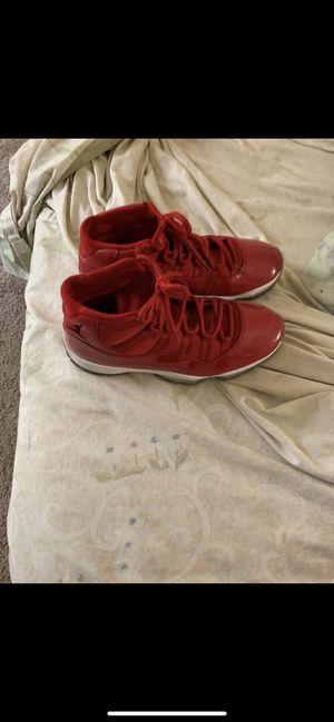 Jordan 11s size 9 for Sale in Clayton, MO