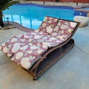 Wicker Patio Lounge Chair On Wheels for Sale in Murrieta, CA
