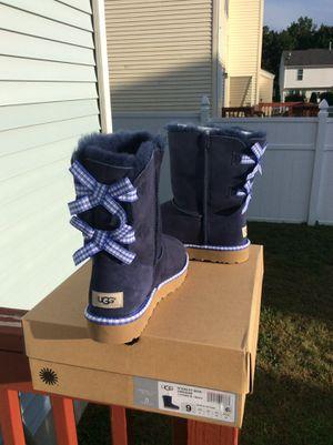 6dc41424961 Ugg violette Sparkle Slippers for Sale in Worcester, MA - OfferUp