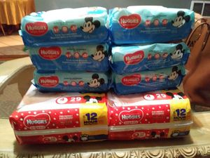 2 bags pamper Huggies #4. And 6 bags wipes. 64 lingettes for Sale in Milwaukie, OR