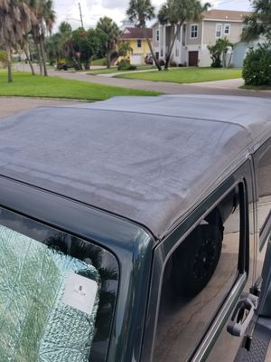 2010 jeep wrangler 4 dr softtop. I'm only selling the top for Sale in St. Petersburg, FL