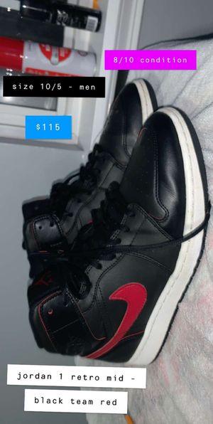 Jordan 1 retro mid - black team red for Sale in Plainfield, IL