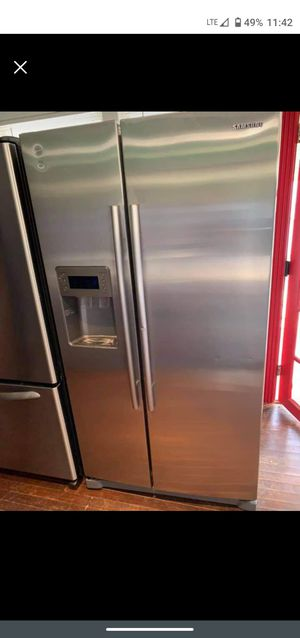 Samsung stainless steel sxs Refrigerator for Sale in Roman Forest, TX