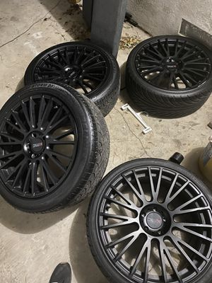 """12-20 mustang 20"""" kmc wheels and tires for Sale in Las Vegas, NV"""