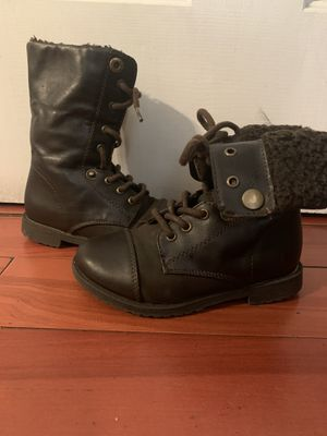 Boots size 9 for Sale in Bakersfield, CA