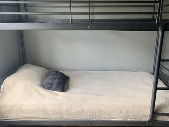 Bunk Bed -(Silver) for Sale in Corona,  CA