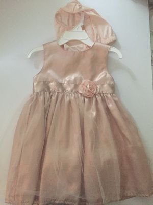 Nice dress size 2 t for Sale in Palm Harbor, FL